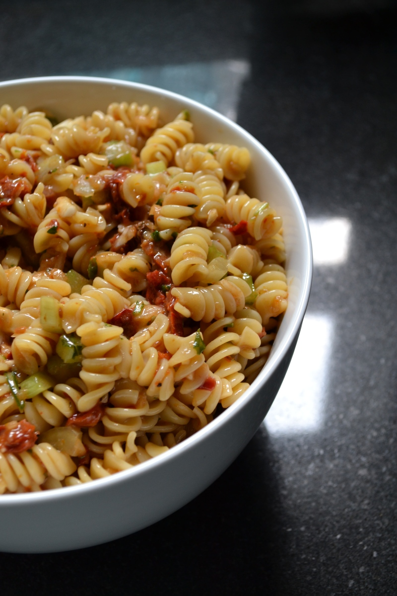 sun dried tomato pasta salad | 1 veggie at a time