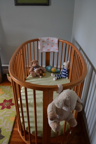 here is the full-sized crib